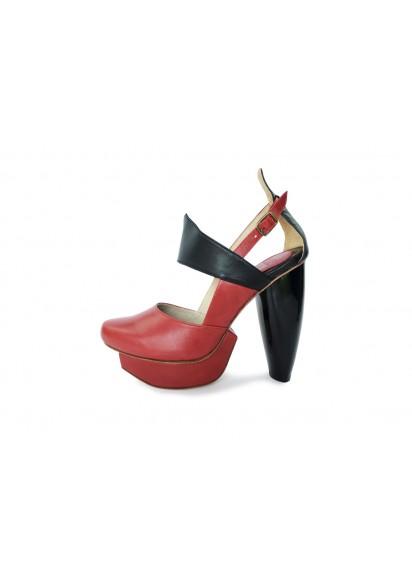 [A Season for Murder]  宣示 (酒紅) 嘴唇造型設計專利鞋跟